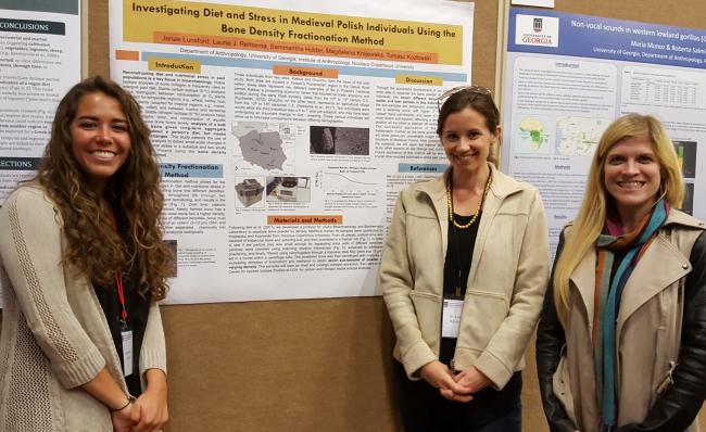 Janae Lundsford, Assistant Professor Laurie Reitsema, and graduate student Samm Holder